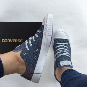 Converse Women's Chuck Taylor All Star Starware